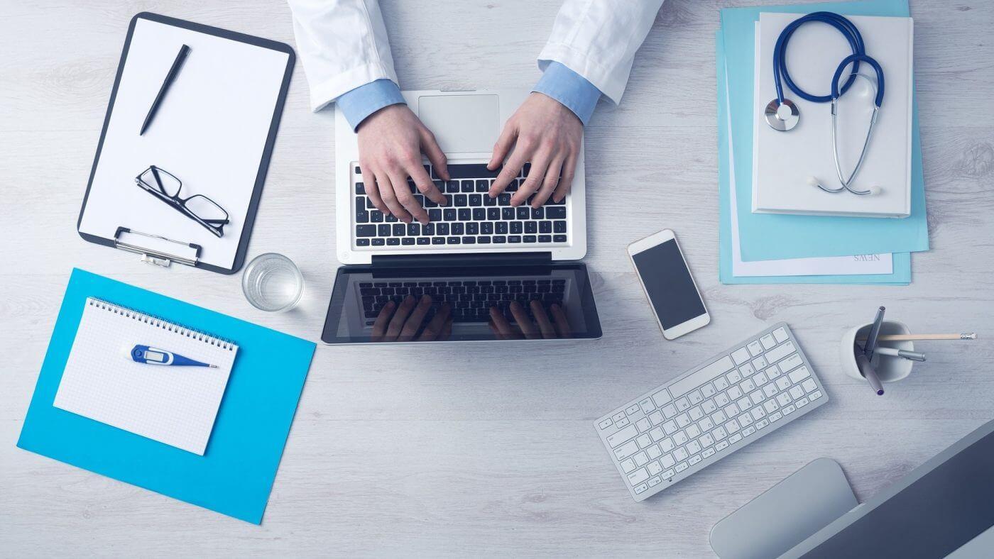 technology insurance commercial web designer