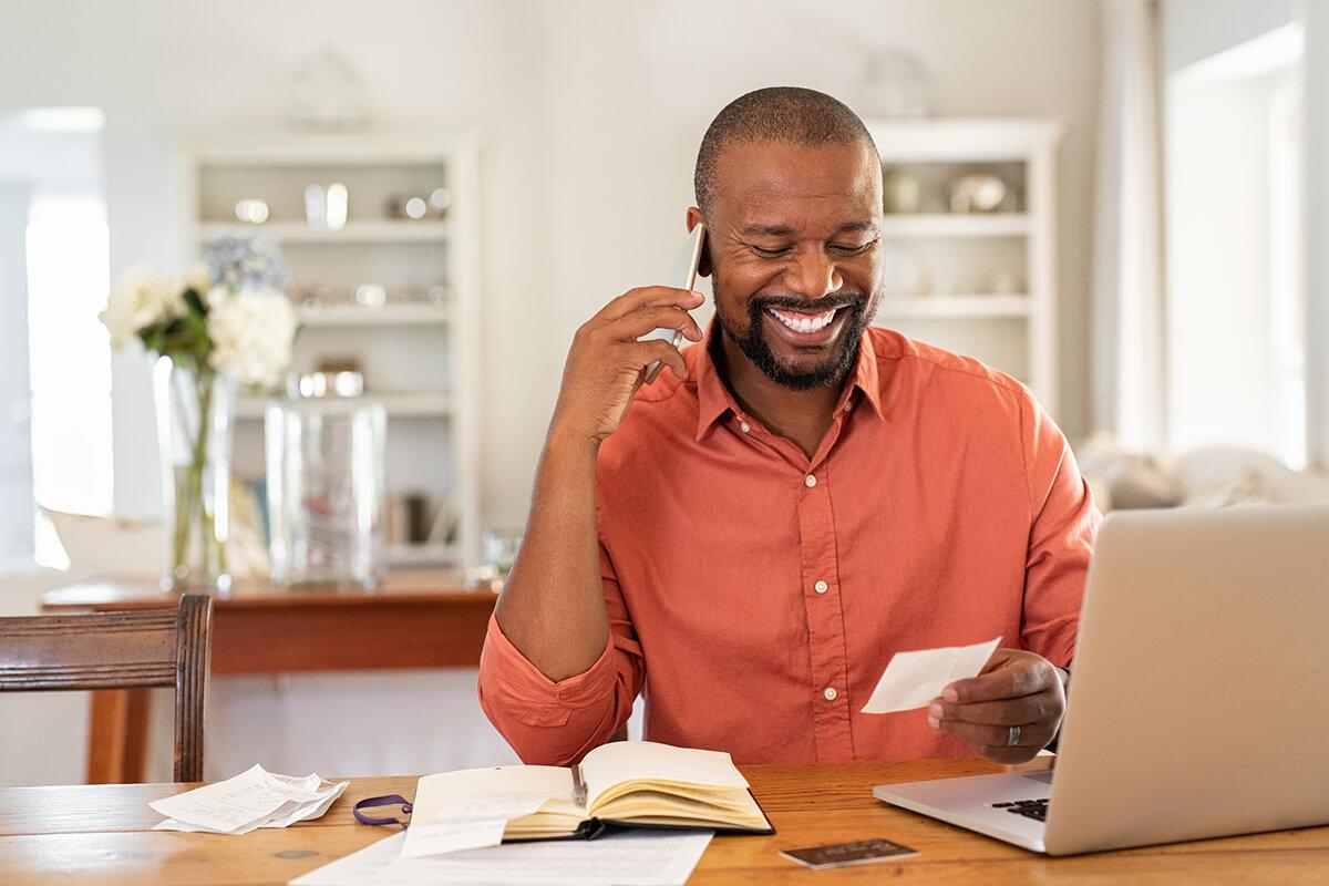 Assurance, bureau à la maison, travailleurs autonomes, bureau à la maison